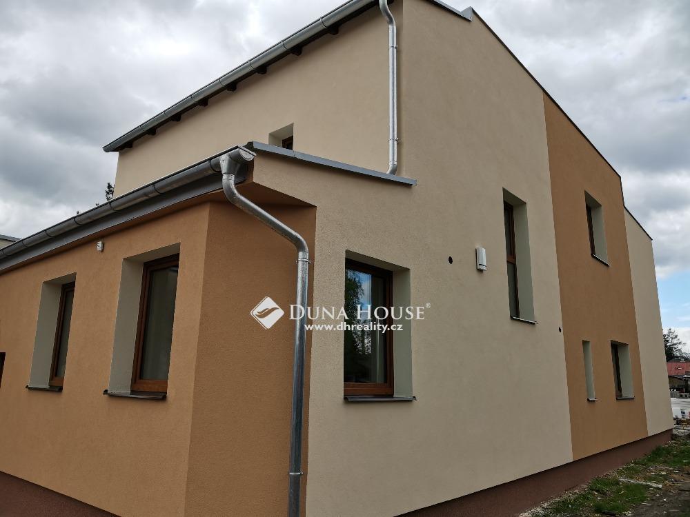 Prodej domu, Praha 9 Újezd nad Lesy