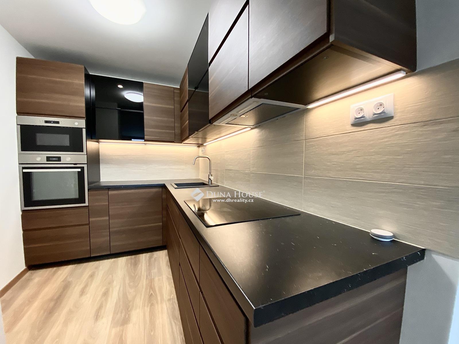 For sale flat, Hněvkovského, Praha 4 Chodov