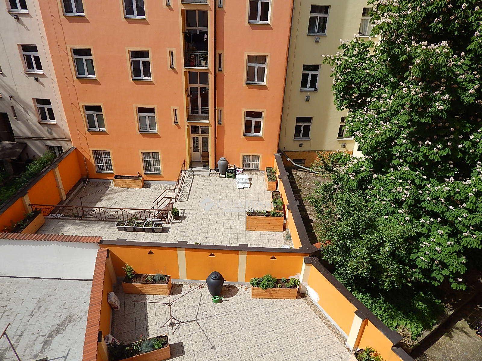 Pronájem bytu, Dolní, Praha 4 Nusle